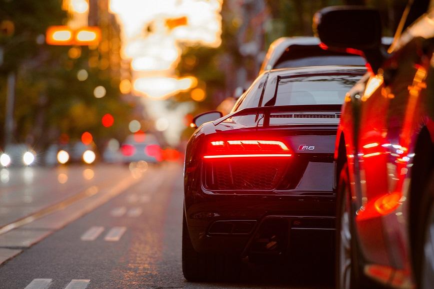 Warren Averett autonomous vehicles insurance image